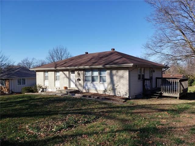 15710 E South Avenue, Independence, MO 64050 (#2254455) :: Eric Craig Real Estate Team