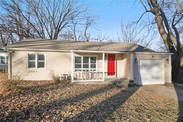 1201 SW South Avenue, Blue Springs, MO 64015 (#2254542) :: Team Real Estate
