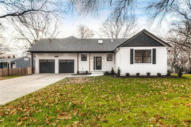 4641 W 72nd Terrace, Prairie Village, KS 66208 (#2254589) :: House of Couse Group