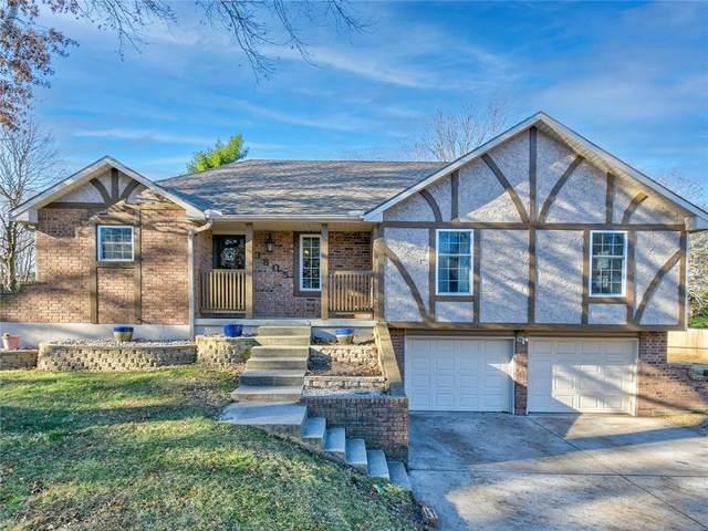 3805 SW Washington Drive, Blue Springs, MO 64014 (#2254596) :: Team Real Estate