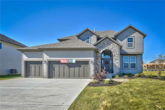 9159 Redbird Street, Lenexa, KS 66227 (#2254603) :: House of Couse Group