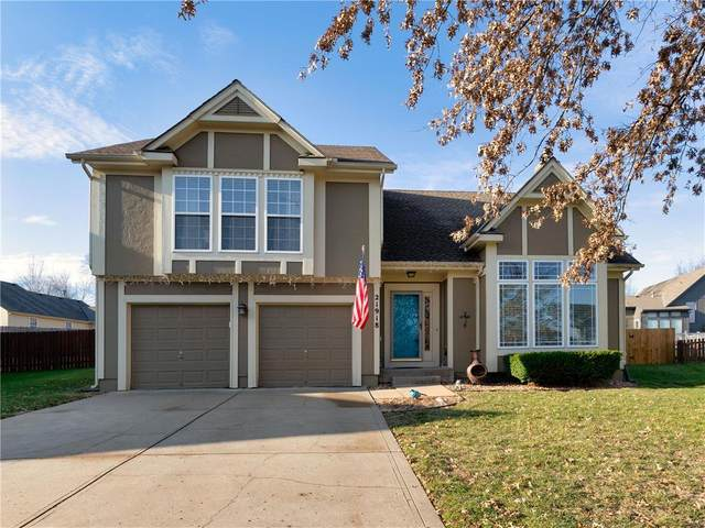21918 W 51st Place, Shawnee, KS 66226 (#2254604) :: The Shannon Lyon Group - ReeceNichols