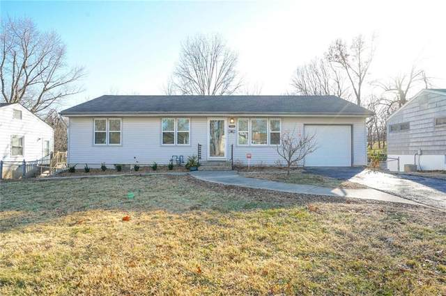 701 W 28th Street, Independence, MO 64050 (#2254645) :: Edie Waters Network