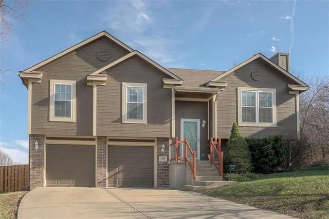 1018 SW Montana Ridge Drive, Grain Valley, MO 64029 (#2254646) :: Team Real Estate