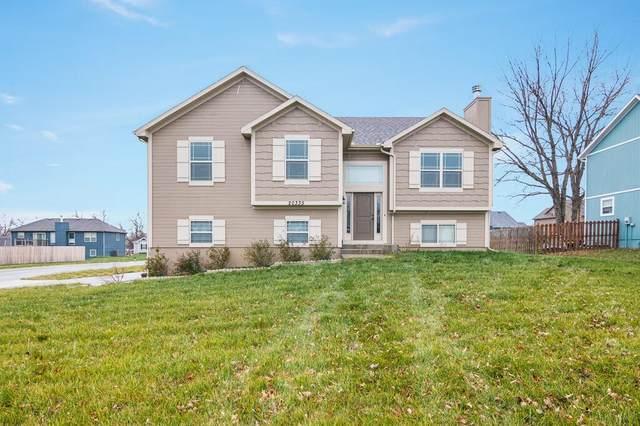 20335 W 220th Terrace, Spring Hill, KS 66083 (#2254937) :: Eric Craig Real Estate Team
