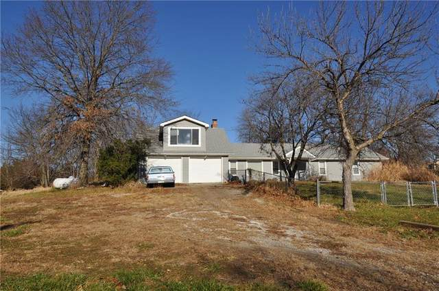 14599 158TH Street, Bonner Springs, KS 66012 (#2255016) :: Dani Beyer Real Estate