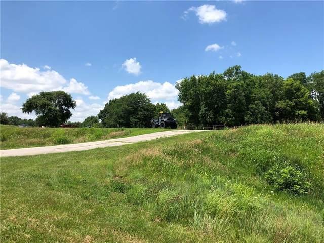 36990 Sunshine Road, Osawatomie, KS 66064 (#2255291) :: Eric Craig Real Estate Team