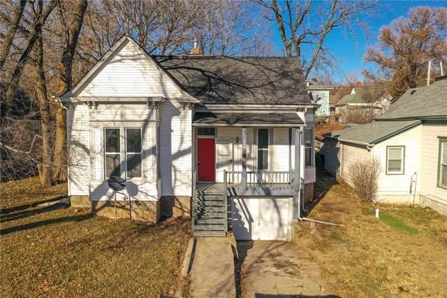 208 Laura Street, Liberty, MO 64068 (#2255592) :: Ron Henderson & Associates