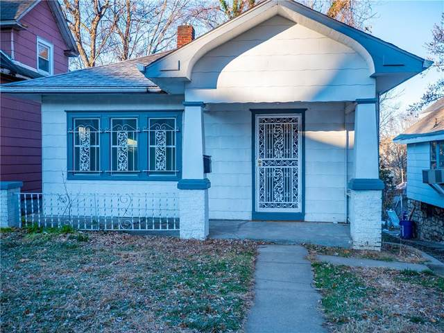 328 Norton Avenue, Kansas City, MO 64124 (#2255646) :: The Gunselman Team