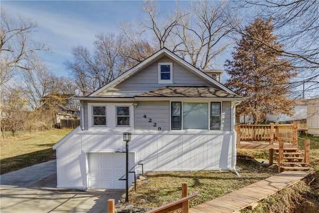 4229 N Jackson Avenue, Kansas City, MO 64117 (#2255679) :: Eric Craig Real Estate Team