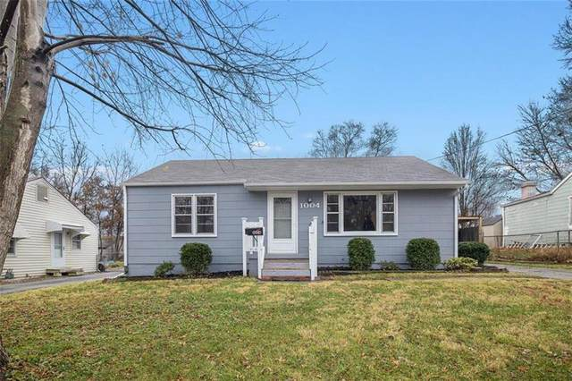 1004 NW B Street, Blue Springs, MO 64015 (#2255783) :: Team Real Estate
