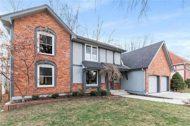 10019 W 101 Street, Overland Park, KS 66212 (#2255955) :: Eric Craig Real Estate Team