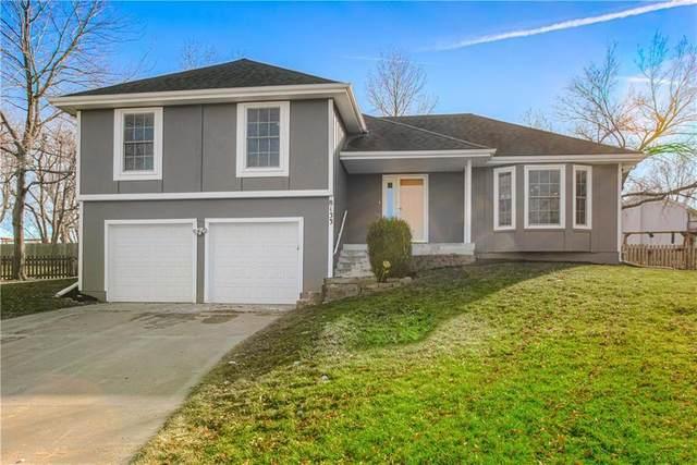 8133 Swarner Drive, Lenexa, KS 66219 (#2256004) :: House of Couse Group