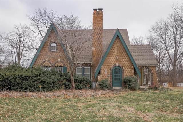 9745 Grandview Road, Kansas City, MO 64137 (#2256071) :: Eric Craig Real Estate Team