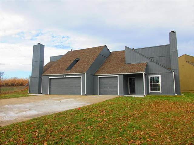 1606 Blueberry Drive, Harrisonville, MO 64701 (#2256574) :: Audra Heller and Associates