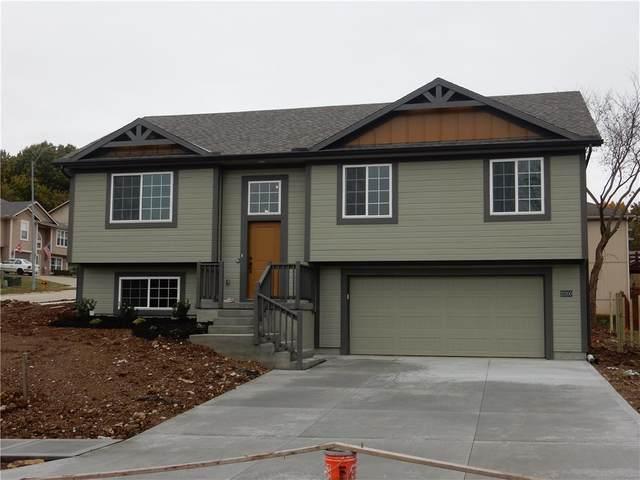 25309 E 30th Terrace, Blue Springs, MO 64015 (#2256720) :: Audra Heller and Associates