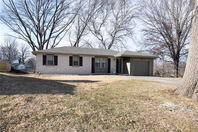 2218 N 73RD Terrace, Kansas City, KS 66109 (#2257176) :: Edie Waters Network