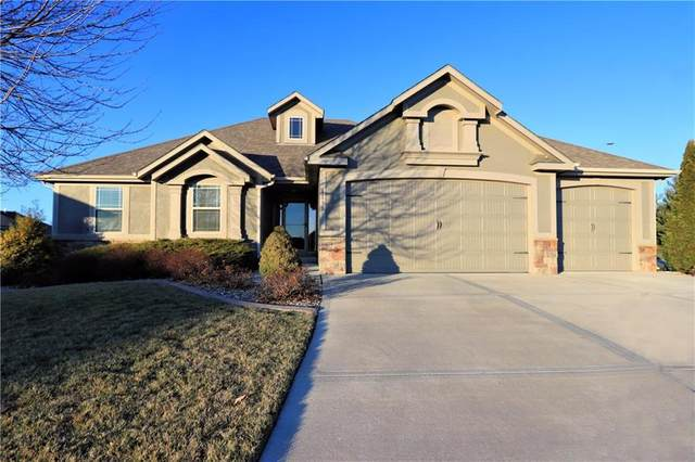 4130 S Eagle Point Court, Blue Springs, MO 64015 (#2257181) :: Team Real Estate