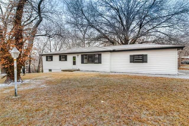 7306 Webster Avenue, Kansas City, KS 66109 (#2257306) :: Audra Heller and Associates