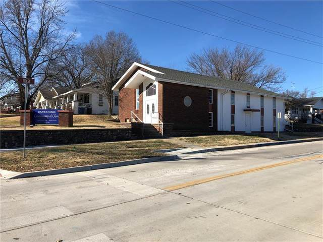 1100 Main Street, Osawatomie, KS 66064 (#2257377) :: The Gunselman Team