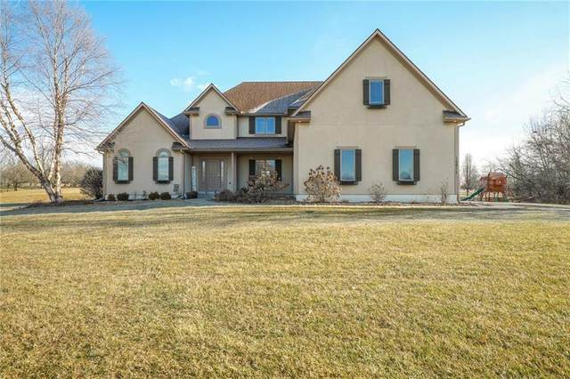 10911 Wildflower Drive, Lee's Summit, MO 64086 (#2257627) :: House of Couse Group