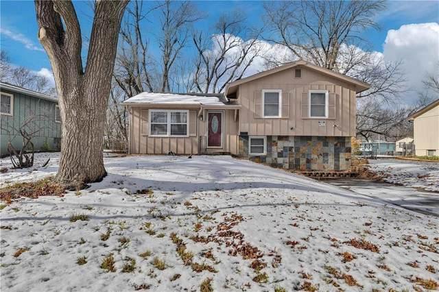 11006 Greenwood Road, Kansas City, MO 64134 (#2257853) :: Audra Heller and Associates