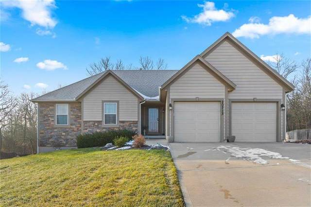 20713 W 72nd Terrace, Shawnee, KS 66218 (#2257877) :: House of Couse Group