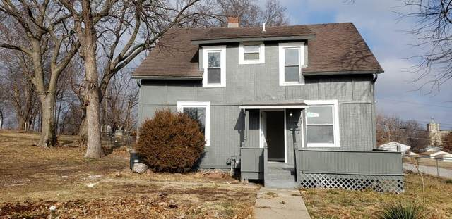 1600 Walker Avenue, Kansas City, KS 66104 (#2258116) :: Ask Cathy Marketing Group, LLC