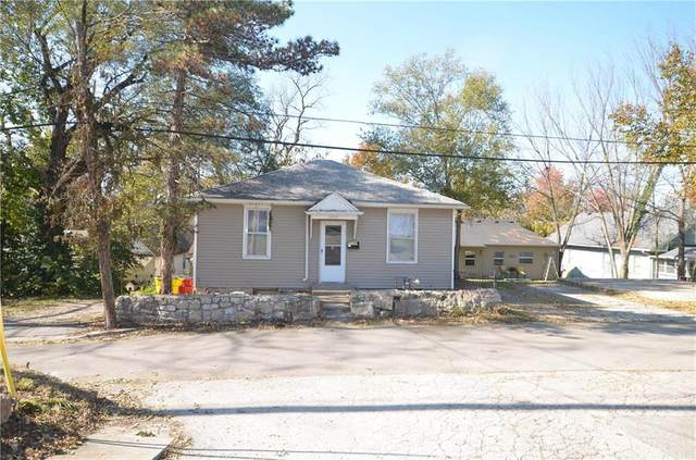 1106 W Orchard Street, Independence, MO 64050 (#2258171) :: Team Real Estate