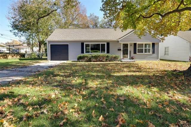 7501 Rainbow Drive, Prairie Village, KS 66208 (#2258221) :: House of Couse Group