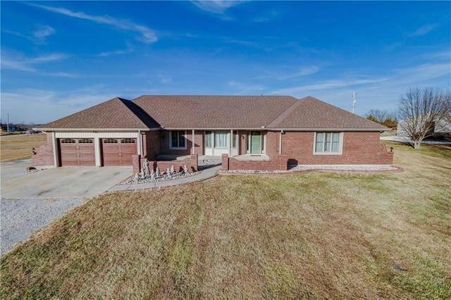 31820 W 115th Street, Olathe, KS 66061 (#2258270) :: The Shannon Lyon Group - ReeceNichols