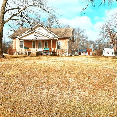 14832 E 800 Road, Mound City, KS 66056 (#2258314) :: Beginnings KC Team