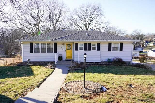 5902 Pleasant Avenue, St Joseph, MO 64503 (#2258614) :: Dani Beyer Real Estate