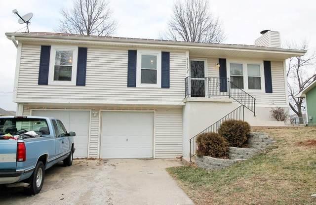 21820 W 178th Terrace, Olathe, KS 66062 (#2258972) :: House of Couse Group