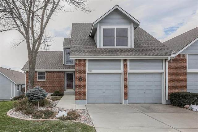7015 W 156th Street, Overland Park, KS 66223 (#2258980) :: House of Couse Group