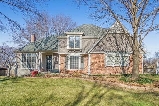 10702 W 123rd Terrace, Overland Park, KS 66213 (#2258990) :: Audra Heller and Associates