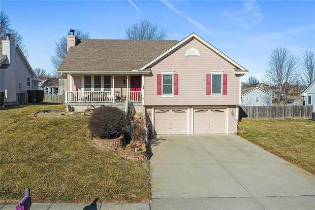 309 Porter Drive, Smithville, MO 64089 (#2259055) :: Edie Waters Network