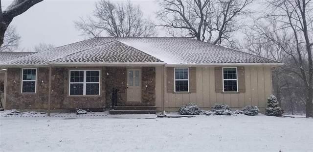 408 S Lindenwood Drive, Olathe, KS 66062 (#2259102) :: House of Couse Group