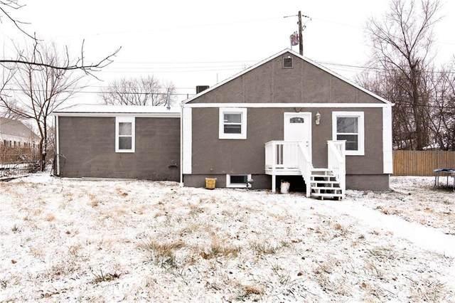 2915 Farrow Avenue, Kansas City, KS 66104 (#2259192) :: The Kedish Group at Keller Williams Realty