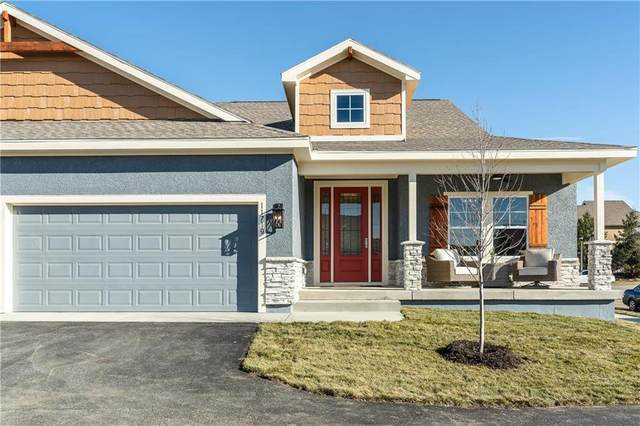 11730 S Deer Run Street #4, Olathe, KS 66061 (#2244117) :: House of Couse Group