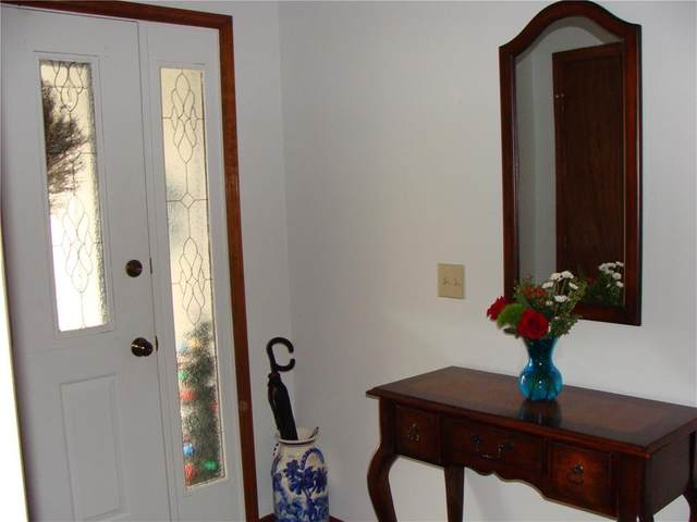7713 Caenen Street, Lenexa, KS 66216 (#2252361) :: House of Couse Group
