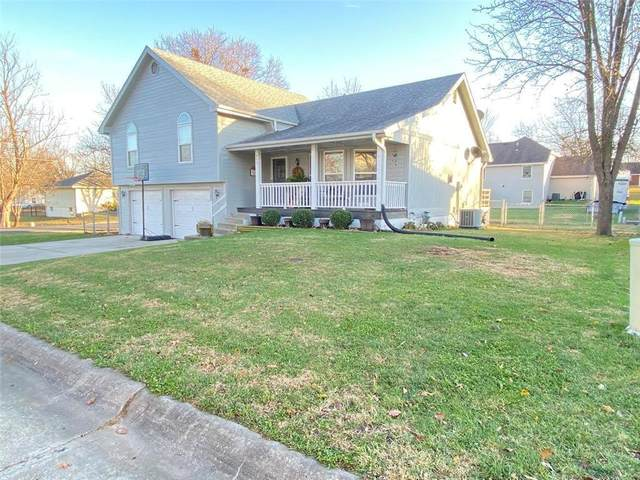 402 W 1st Street, Lawson, MO 64062 (#2253727) :: Team Real Estate