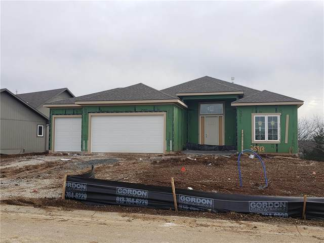 25913 W 96th Street, Lenexa, KS 66227 (#2254234) :: The Shannon Lyon Group - ReeceNichols