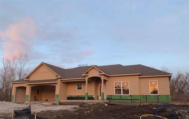 2307 NW Lindenwood Drive, Grain Valley, MO 64029 (#2256181) :: Austin Home Team