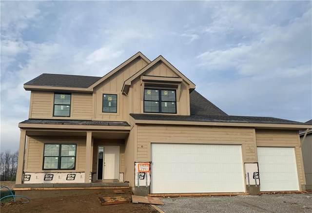 7440 NW Douglas Court, Parkville, MO 64152 (#2257110) :: Eric Craig Real Estate Team