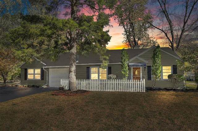 7543 Booth Drive, Prairie Village, KS 66208 (#2245860) :: House of Couse Group