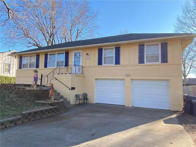 15305 E 37 Terrace, Independence, MO 64055 (#2256677) :: Eric Craig Real Estate Team