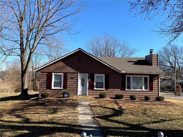 3219 S Overton Street, Independence, MO 64052 (#2258169) :: Eric Craig Real Estate Team