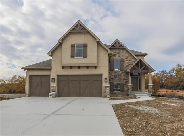16520 Grandview Street, Overland Park, KS 66085 (#2093174) :: The Shannon Lyon Group - ReeceNichols