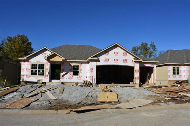 2413 SE Ridge Line Drive, Blue Springs, MO 64014 (#2126024) :: Char MacCallum Real Estate Group
